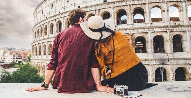 Una pareja de viaje