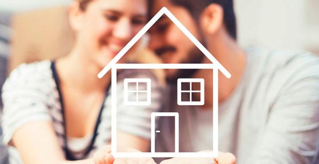 Pareja a punto de comprar una vivienda